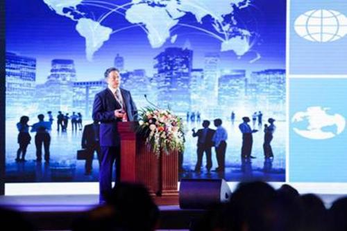 国家发改委城市和小城镇改革发展中心理事长李铁