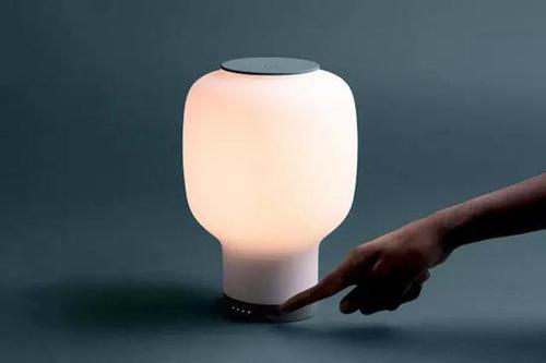 light2018100905