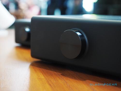 音量旋钮非常靓丽,整体外观设计非常简洁